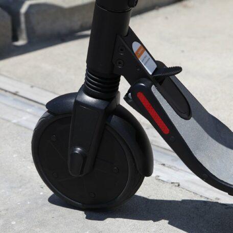 Trottinette électrique Ninebot ES4
