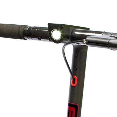 Trottinette-electrique-evo-IC85-v2-phare-avant